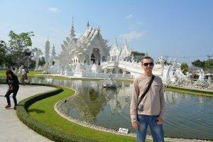 Белый храм в Чианг-Рае